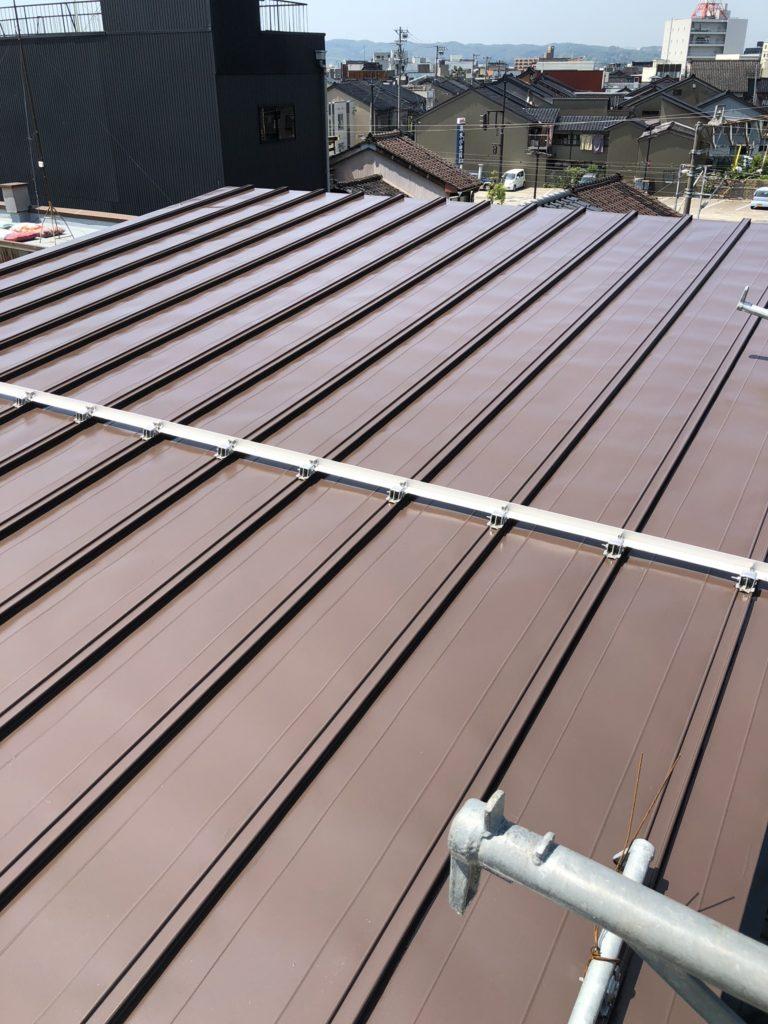 折半屋根シリコン樹脂塗装